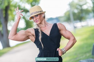 Check out those killer biceps!  Join PremiumPhysiques now for amazing Olympian, Autumn Swansen!
