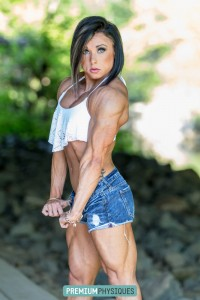 SLICED and DICED - super ripped Hanna - new video available in today's update.  Join PremiumPhysiques now!