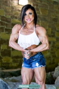 Phenomenal female muscle!  Join PremiumPhysiques now for the amazing Hanna Hallman!