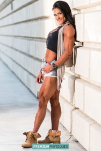 Look at those KILLER quads - Join PremiumPhysiques now for the awesome Natalia Coelho!