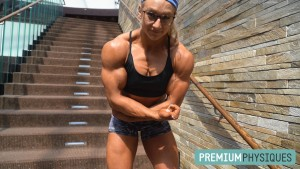 RIPPED Contest Shape Beefnuggette - JOIN PP now for the best in female muscle!
